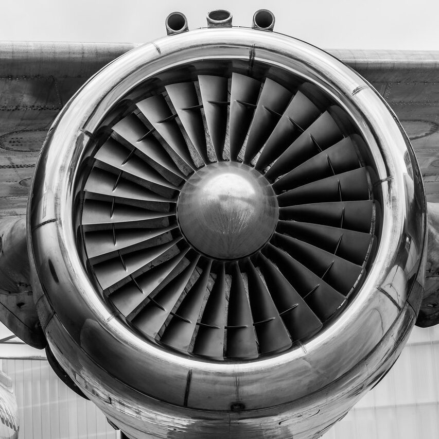 airplane-engine-459402